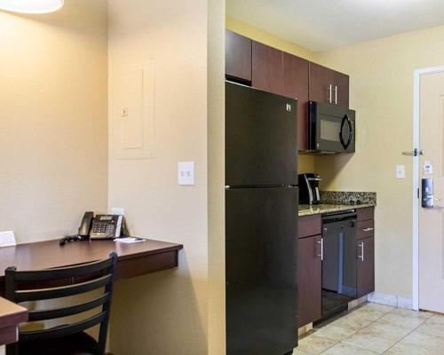 Mainstay Suites Minot - Minot, ND 58701