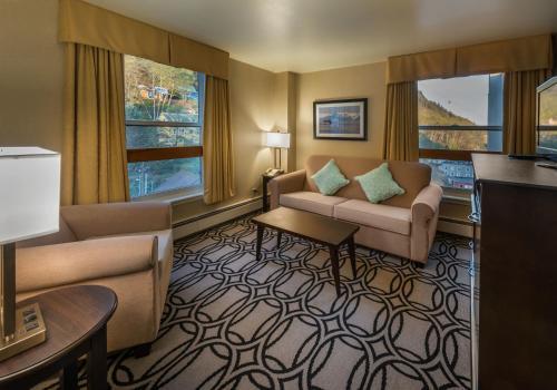 Westmark Baranof Hotel Juneau Photo