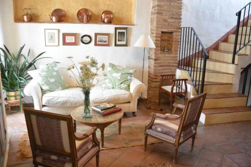 Calle Luis De Arminan 67   29480   Andalucia, Spain.