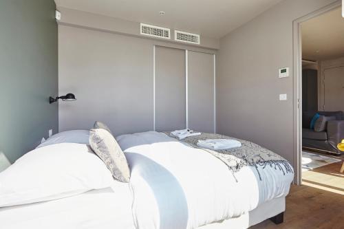 Appartement Lumineux avec terrasse photo 13