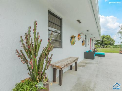 La Alegria Farm House - Miami, FL 33146