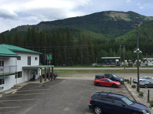 Valley Motel - Sparwood, BC V0B 2G0