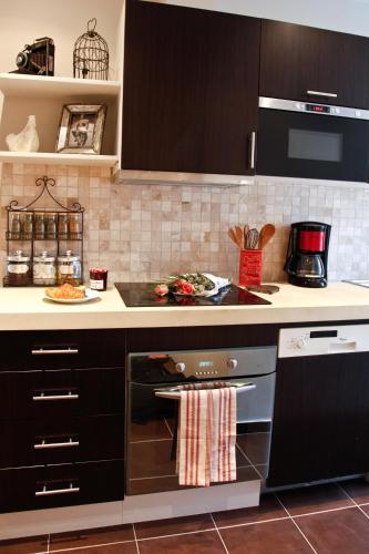Apartment Ternes photo 10