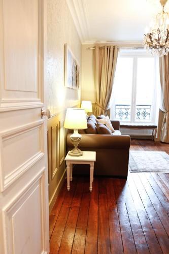 Apartment Ternes photo 11