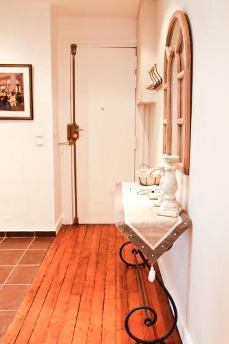 Apartment Ternes photo 12