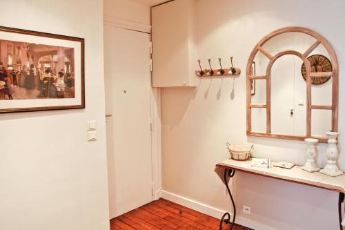 Apartment Ternes photo 13