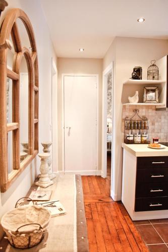 Apartment Ternes photo 14
