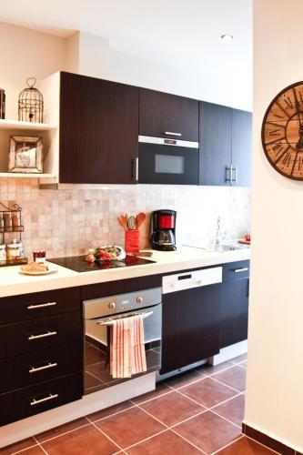 Apartment Ternes photo 15