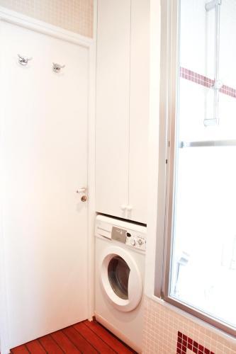 Apartment Ternes photo 16