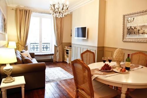 Apartment Ternes photo 33
