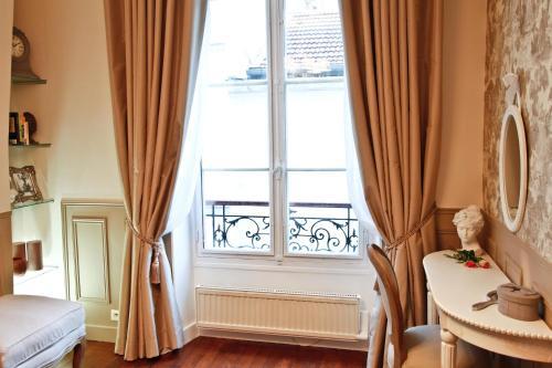 Apartment Ternes photo 37