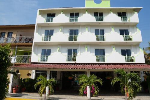 Hotel Arenas del Pacifico Photo