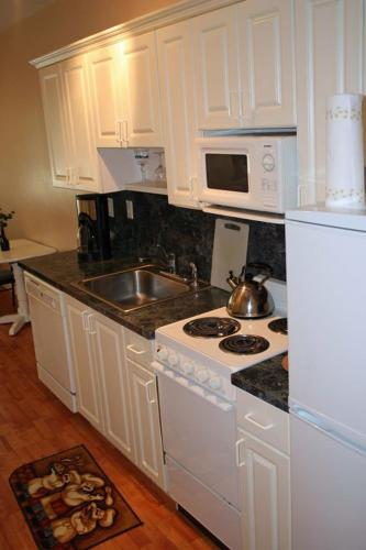 South Beach Apartment - Miami Beach, FL 33139