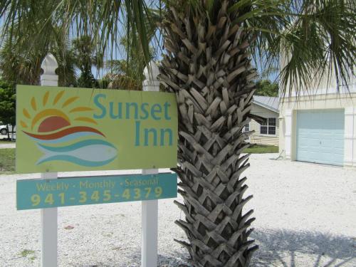 Sunset Inn C