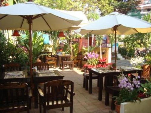 Thapae Gate Lodge Hotel Chiang Mai