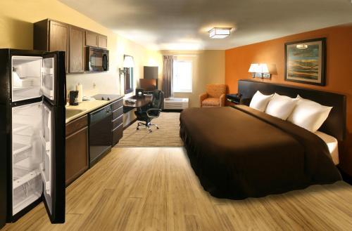 Suburban Extended Stay Hotel Washington - Washington, PA 15301