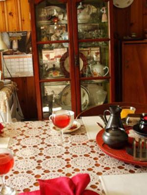 Eden Place Bed & Breakfast - Gravenhurst, ON P1P 1E3