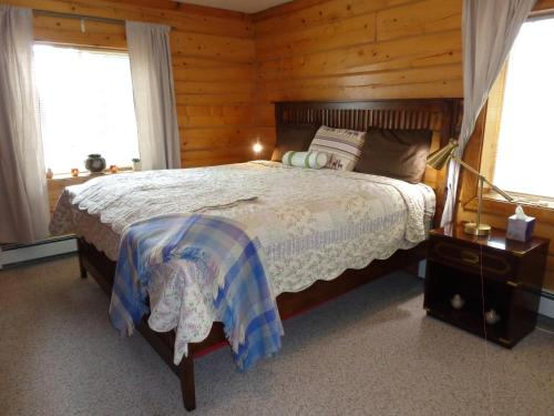 Antler's Rest Bed and Breakfast Photo