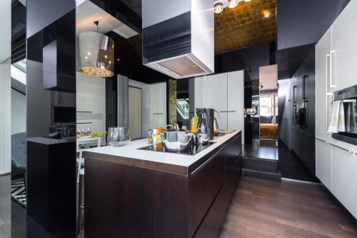 EMPIRENT Gold Street Apartments