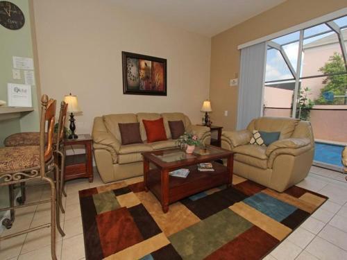 Windsor Palms Three Bedroom Townhouse RI9 Photo