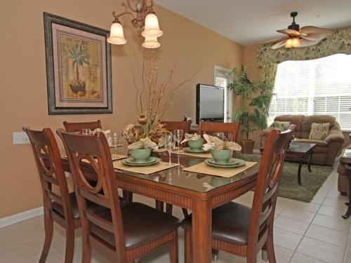 Windsor Hills Three Bedroom Apartment Mat1 - Kissimmee, FL 34747