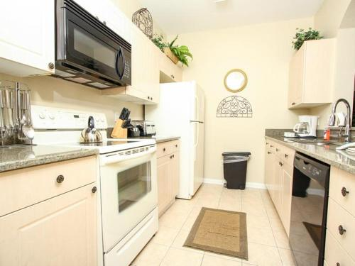 Windsor Palms Three Bed Townhome U2D Photo