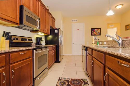 Vista Apartment Three Bedroom Apartment Ju7 - Orlando, FL 32819