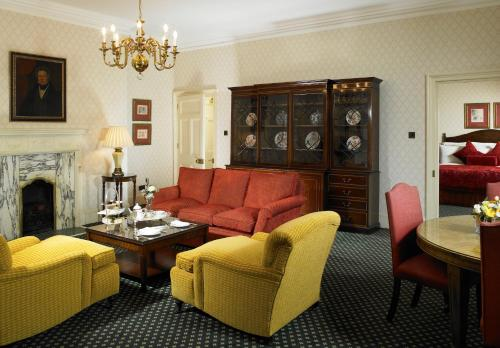 Hanbury Manor Marriott Hotel & Country Club photo 5