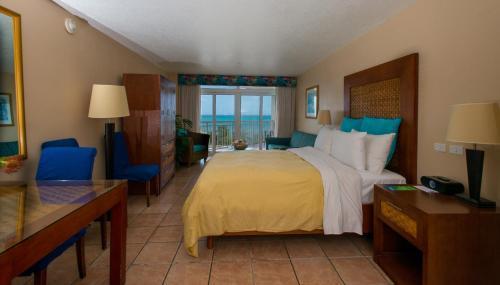 Divi Aruba Phoenix Beach Resort Hotel Palm