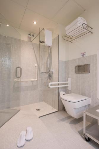 Habitación Doble Superior con cama supletoria La Alcoba del Agua 2