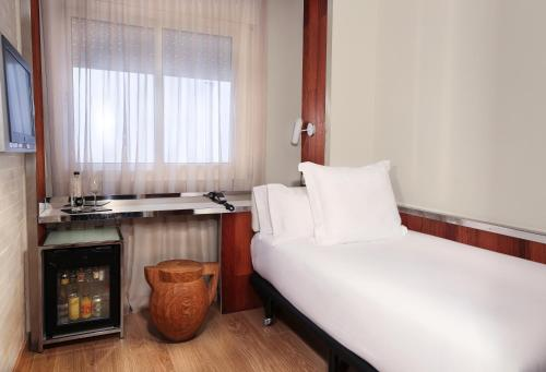 Hotel Balmes photo 27
