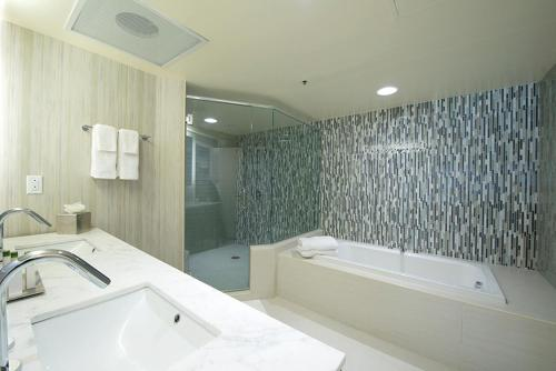 DoubleTree by Hilton Binghamton Photo