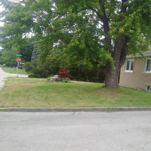 Sw Oakville Apartment - Oakville, ON L6K 1Z6