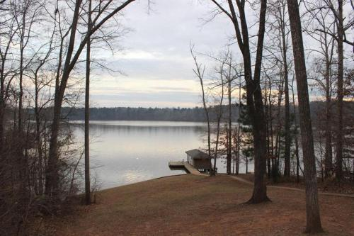 Lake Sinclair Lake Front 113 Daylight Dreamer - Eatonton, GA 31024