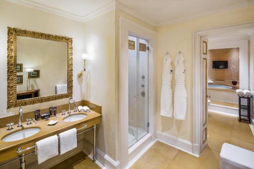 Relais Santa Croce by Baglioni Hotels photo 43