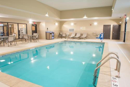 Hawthorn Suites By Wyndham Fargo - Fargo, ND 58103