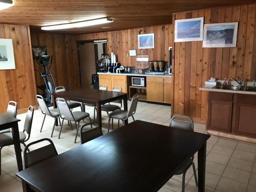 Travel Inn - Watertown, SD 57201