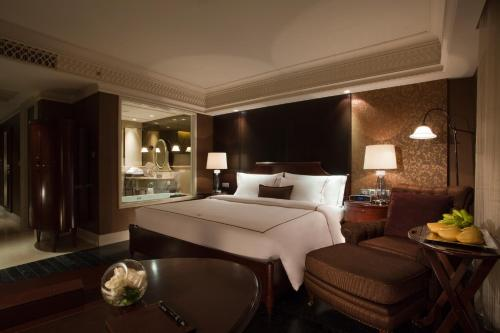 Hotel Muse Bangkok Langsuan - MGallery Collection photo 9