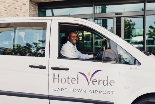 Hotel Verde Cape Town International Airport Photo