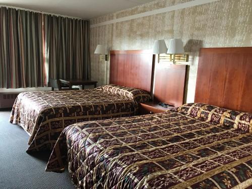 Rodeway Inn Devils Lake - Devils Lake, ND 58301