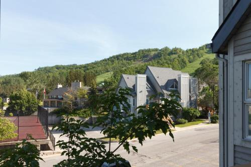 Mountain Side Condo Loft At The Blue Mountains - Collingwood, ON L9Y 0N6