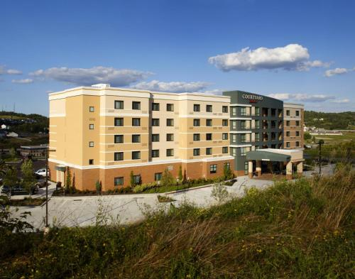 Courtyard by Marriott Pittsburgh Washington Meadow Lands Photo