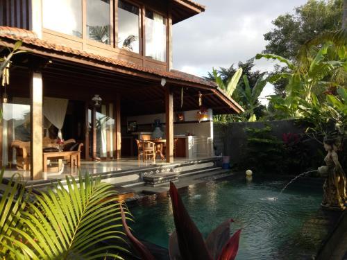 Darmanata Villa