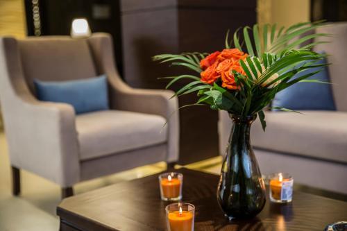 HotelNaylover Hotel Suites