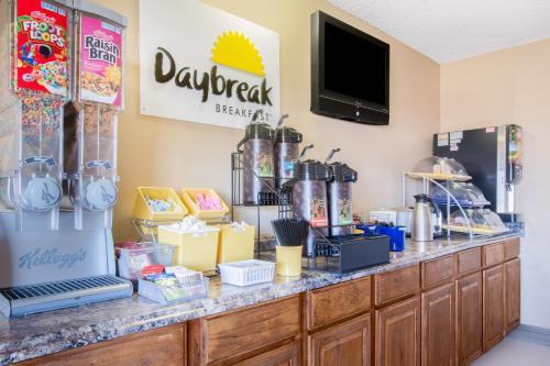 Days Inn Lake Havasu Photo