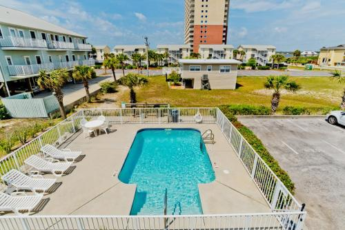 Shore Duty Five Unit 205 - Gulf Shores, AL 36542