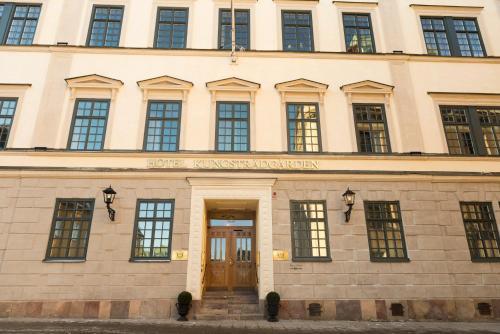 Västra Trädgårdsgatan 11B 111 53 Stockholm, Sweden.