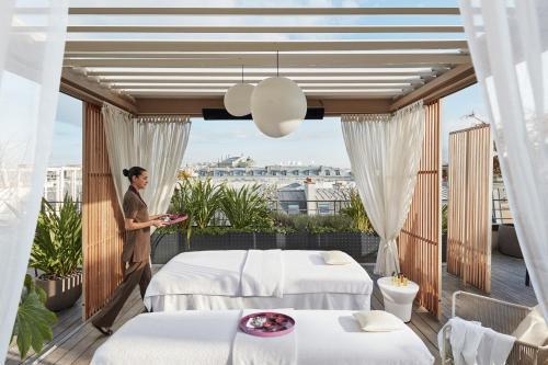 Mandarin oriental paris 9th arrondissement op ra paris for Boutique hotel 9th arrondissement