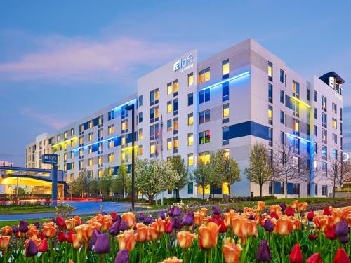 Cheap Hotels Minutes Away From O Hare International Airport In Chicago