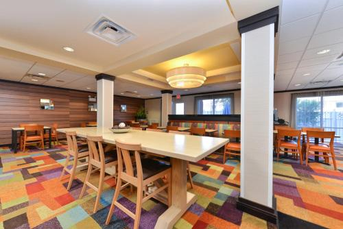Fairfield Inn & Suites Kingsland - Kingsland, GA 31548